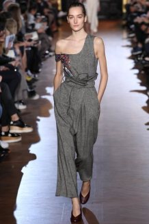 stella-mccartney-rtw-fw15-runway-23