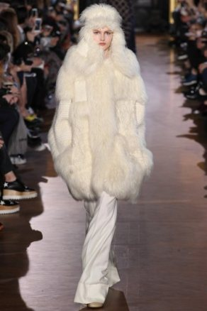 stella-mccartney-rtw-fw15-runway-33
