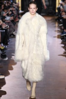 stella-mccartney-rtw-fw15-runway-35