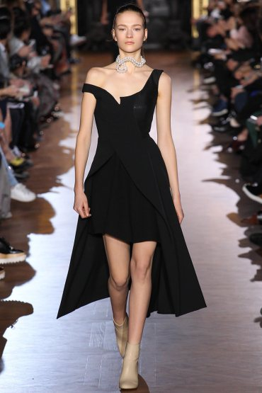 stella-mccartney-rtw-fw15-runway-40