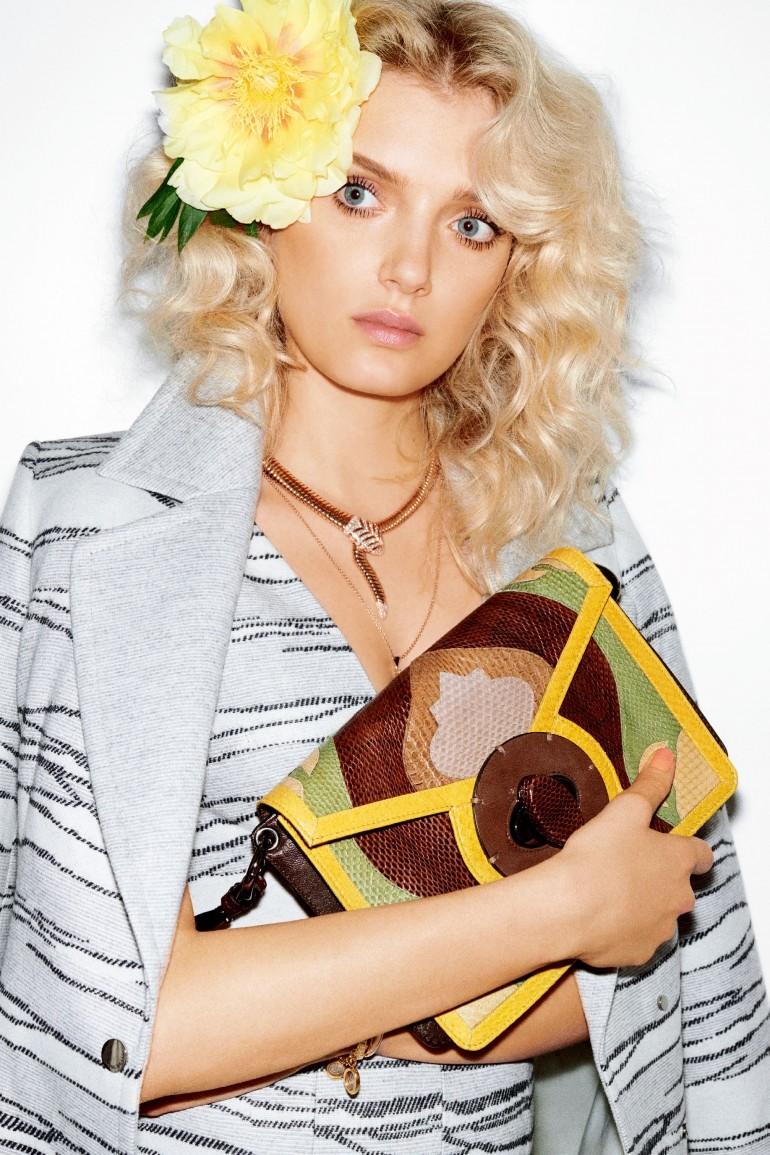 Vogue-Japan-January-2016-Lily-Donaldson-by-Katja-Rahlwes-091-770x1155