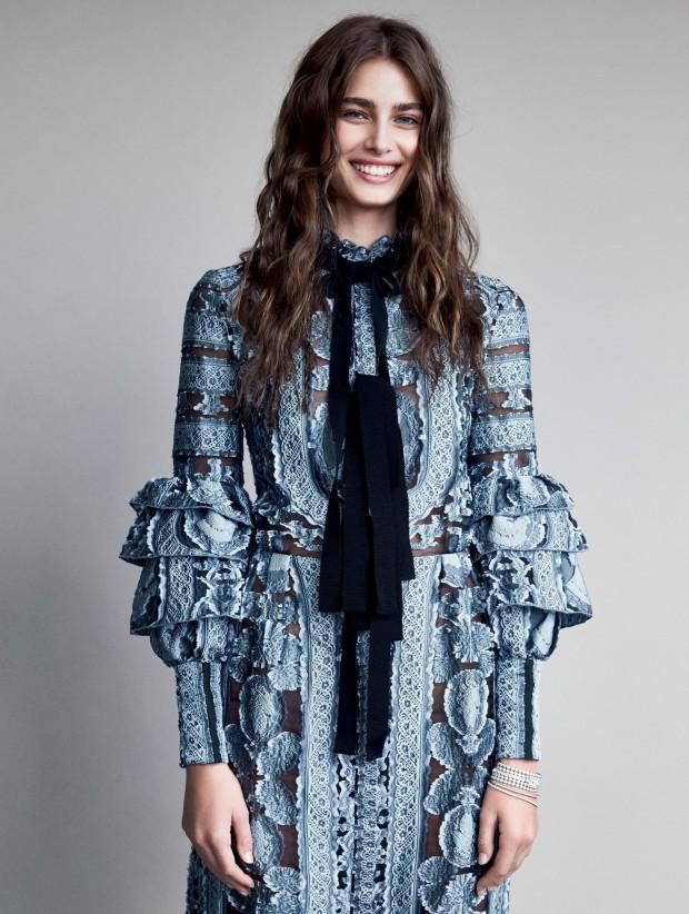 Vogue-US-December-2015-09-Patrick-Demarchelier.-620x822