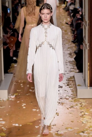 Valentino Spring 2016 Couture