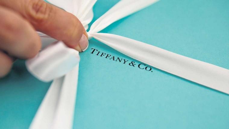 Tiffany-luxury-packaging-760x428