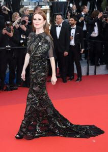 """Julianne Moore in Givenchy Couture at the """"Cafe Society"""" premiere"""