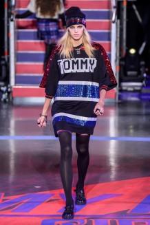 Tommy Hilfiger RTW Fall 2017