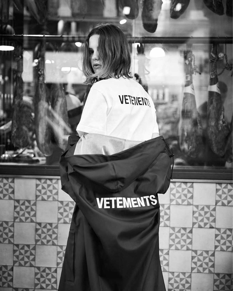 Vetements-Oversized-PVC-Coated-Hooded-Raincoat