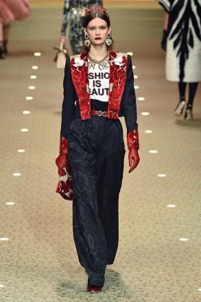 Dolce & Gabbana_56_74_ale_0894