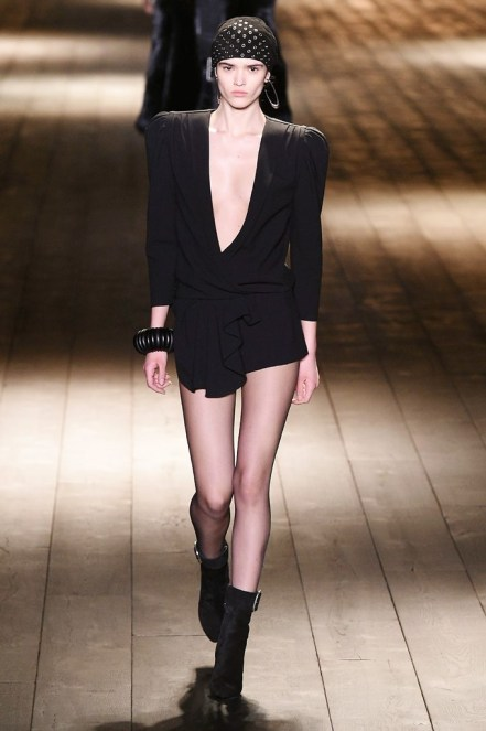Saint Laurent_12_3d_ale_1064