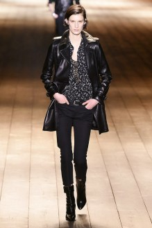 Saint Laurent_21_3d_ale_1155