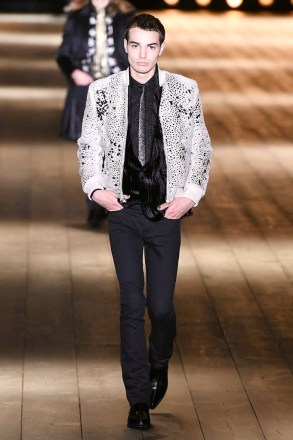 Saint Laurent_43_35_ale_1457