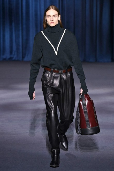 Givenchy_24_17_ale_0196
