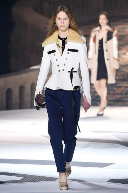 Louis Vuitton_24_0a_ale_2438