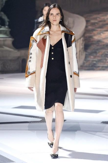 Louis Vuitton_25_5b_ale_2454