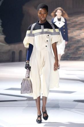 Louis Vuitton_32_17_ale_2532