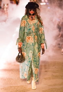 Gucci_47_a8_s91_cruise_fw_look_lb_pr96