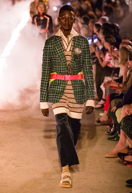 Gucci_7_6a_s91_cruise_fw_look_lb_pr107