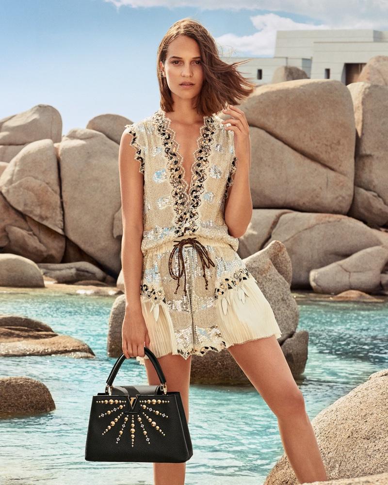 Louis-Vuitton-Cruise-2019-Campaign-Alicia-Vikander01