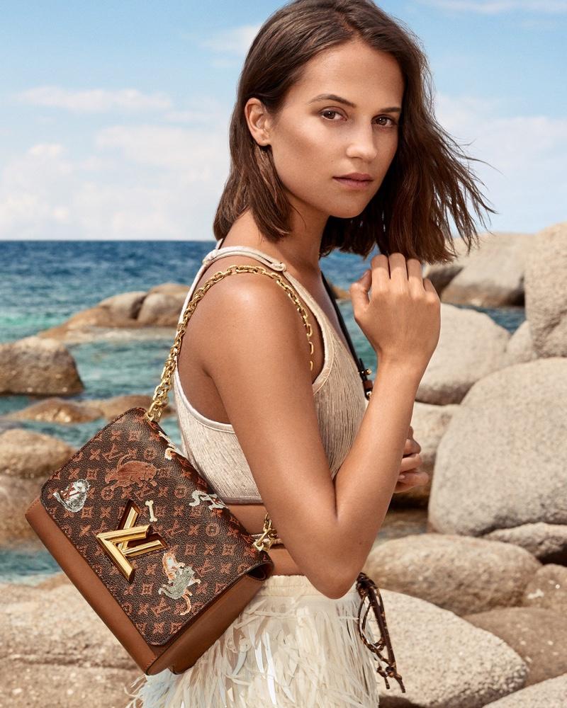 Louis-Vuitton-Cruise-2019-Campaign-Alicia-Vikander03