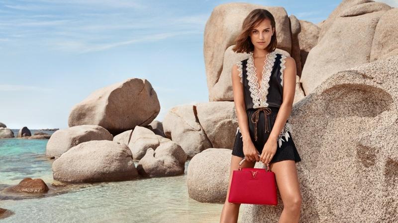 Louis-Vuitton-Cruise-2019-Campaign-Alicia-Vikander05